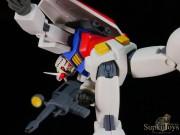 SupkijToys Gundam Series Aggressive Pose Figure RX-78-2 Gundam - Figure